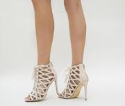 sandale de ocazie bej