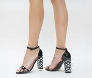 sandale de ocazie lac negre