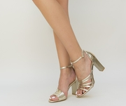sandale de vara aurii