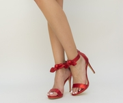 sandale rosii elegante